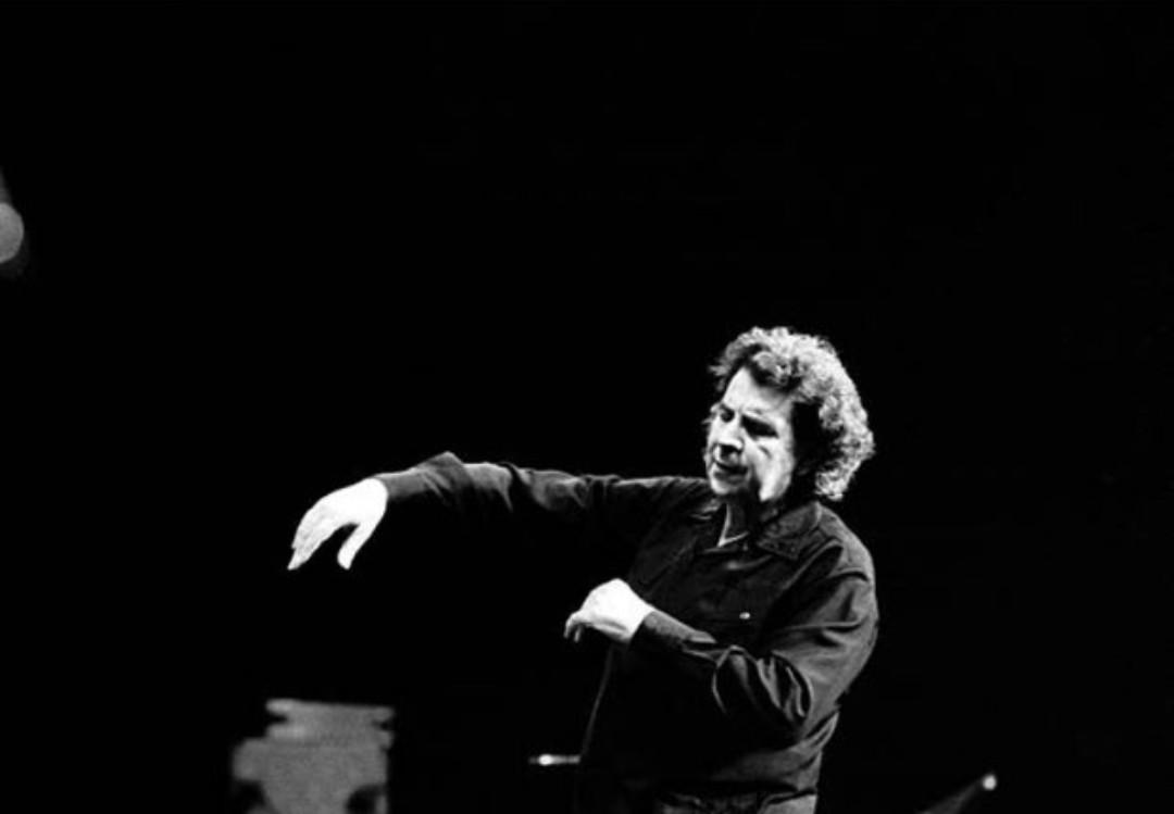 Yunan besteci Mikis Theodorakis hayata gözlerini yumdu